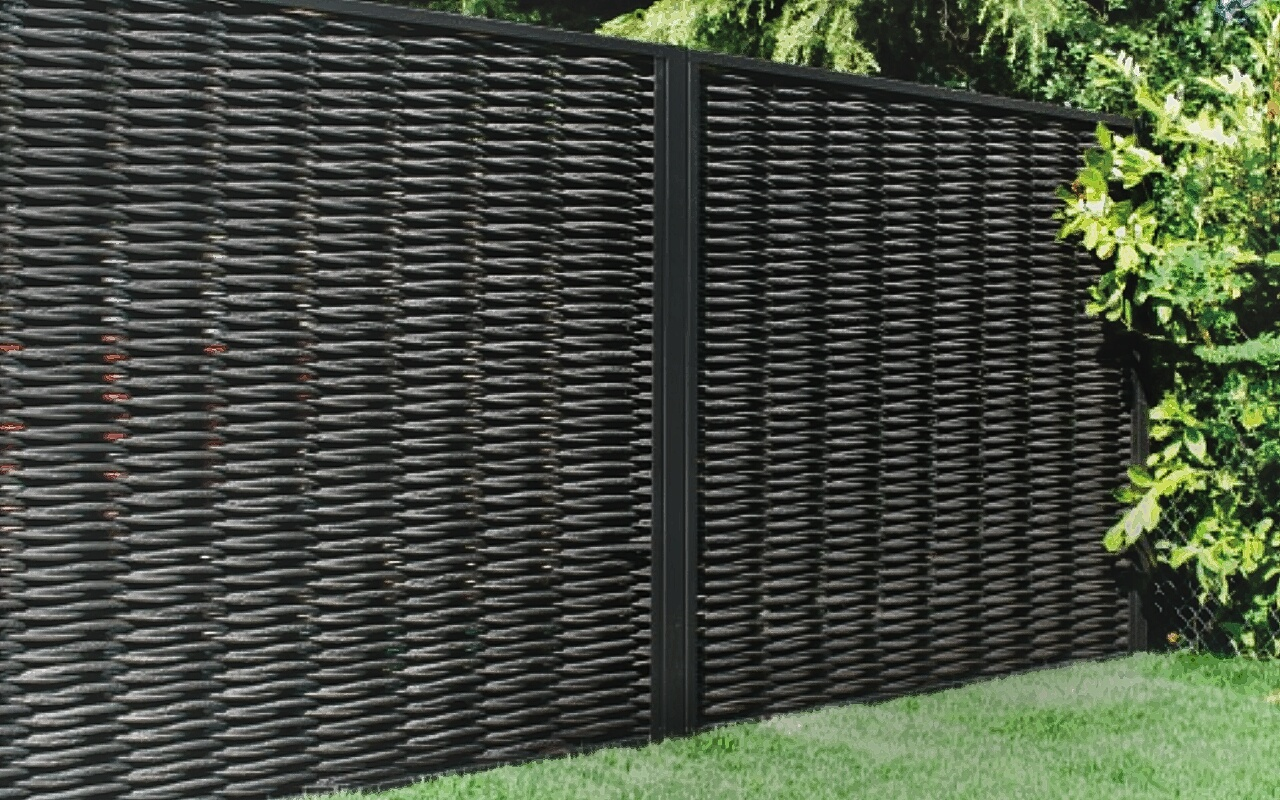 Virofence - Environmentally Friendly All Weather Wicker